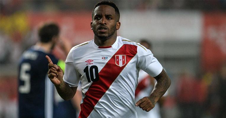 Jefferson Farfán volvería a la Selección Peruana en octubre